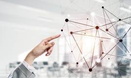 Κοινωνικές επικοινωνία και δικτύωση ως έννοια για το ηλεκτρονικό εμπόριο στοκ εικόνα με δικαίωμα ελεύθερης χρήσης