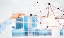 Κοινωνικές επικοινωνία και δικτύωση ως έννοια για το ηλεκτρονικό εμπόριο στοκ εικόνες