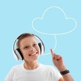 Κοινωνικό υπόβαθρο μέσων έννοιας μουσικής σύννεφων Στοκ φωτογραφία με δικαίωμα ελεύθερης χρήσης