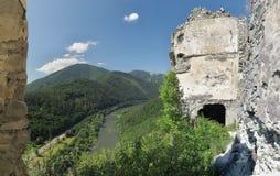 Κοιτάξτε από το κάστρο καταστροφών Stary hrad στοκ εικόνες