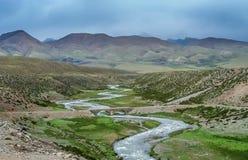Κοιλάδα βουνών στο κεντρικό Θιβέτ Στοκ φωτογραφία με δικαίωμα ελεύθερης χρήσης
