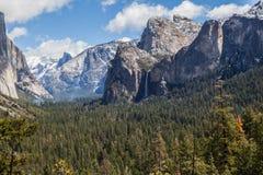 Κοιλάδα Β Yosemite Στοκ φωτογραφία με δικαίωμα ελεύθερης χρήσης