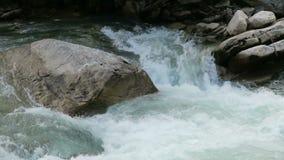 Κοιλάδα Achental Krimml στους καταρράκτες Krimml στο έδαφος Salzburger australites απόθεμα βίντεο