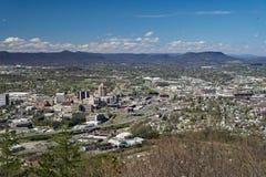 Κοιλάδα Roanoke από το βουνό μύλων, Βιρτζίνια, ΗΠΑ Στοκ Εικόνες