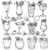 Κοκτέιλ σκίτσων, ποτά οινοπνεύματος καθορισμένα Στοκ Φωτογραφίες