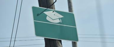 Κολλέγιο διαβαθμισμένη ΚΑΠ και θύσανος στοκ εικόνες