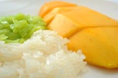 Κολλώδες ρύζι με το μάγκο Στοκ εικόνα με δικαίωμα ελεύθερης χρήσης