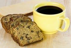 κολοκύθια καρυδιών ψωμ&iota στοκ εικόνα με δικαίωμα ελεύθερης χρήσης