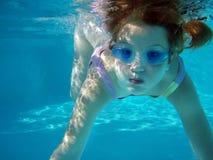 κολυμπήστε υποβρύχιο Στοκ φωτογραφίες με δικαίωμα ελεύθερης χρήσης