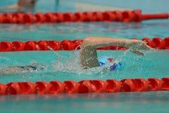 κολύμβηση αγώνων ελεύθερης κολύμβησης Στοκ Εικόνες