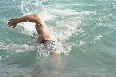 κολύμβηση ατόμων Στοκ Εικόνες