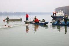 Κολύμβηση για έναν τιμητικό σταυρό 19 01 2019 στοκ φωτογραφία με δικαίωμα ελεύθερης χρήσης