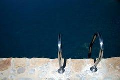 κολύμβηση λιμνών λαβών ράβδων στοκ εικόνες