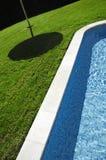 κολύμβηση λιμνών 2 ξενοδοχ Στοκ εικόνες με δικαίωμα ελεύθερης χρήσης