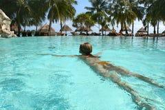 κολύμβηση whoman Στοκ Εικόνα