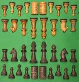 κομμάτια σκακιού που τίθ&epsi Στοκ Φωτογραφίες