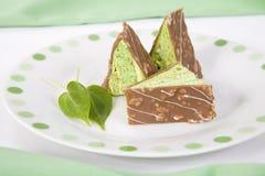 κομμάτια σοκολάτας κέικ τριγωνικά Στοκ Φωτογραφίες