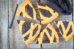 Κομμάτια της σπιτικής ανοικτής πίτας βακκινίων Στοκ Εικόνες