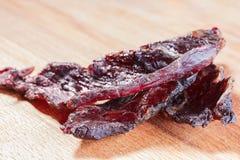 Κομμάτια του βόειου κρέατος jerky Στοκ εικόνα με δικαίωμα ελεύθερης χρήσης