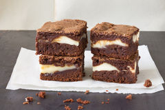 Κομμάτια cheesecake σοκολάτας brownies Στοκ Εικόνα