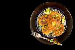 Κομμάτι σπιτικό τηγανισμένο fritter chikpea μπιζελιών στο δίκρανο Στοκ Εικόνες