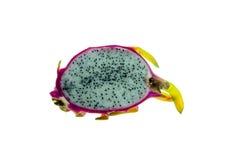 Κομμάτι των φρέσκων φρούτων δράκων στο άσπρο υπόβαθρο Στοκ Φωτογραφίες