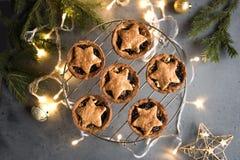 Κομματιάστε τις πίτες για τα Χριστούγεννα στοκ εικόνα με δικαίωμα ελεύθερης χρήσης
