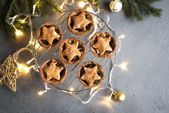 Κομματιάστε τις πίτες για τα Χριστούγεννα στοκ εικόνες με δικαίωμα ελεύθερης χρήσης