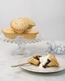 Κομματιάστε τις πίτες με την κρέμα Στοκ Εικόνα