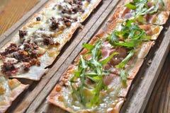 Κομματιασμένη ζαμπόν πίτα πιτσών χοιρινού κρέατος Στοκ εικόνα με δικαίωμα ελεύθερης χρήσης
