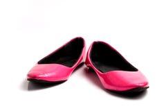 Κομψά επίπεδα παπούτσια που απομονώνονται στο άσπρο υπόβαθρο Στοκ εικόνες με δικαίωμα ελεύθερης χρήσης