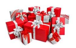 Κομψά κιβώτια δώρων στο κόκκινο και το ασήμι Στοκ Φωτογραφία
