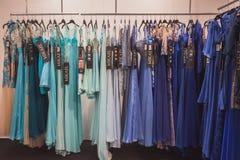 Κομψά φορέματα τελετής στην επίδειξη σε Si Sposaitalia στο Μιλάνο, Ιταλία Στοκ εικόνες με δικαίωμα ελεύθερης χρήσης