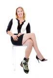 Κομψή γυναίκα με την παράξενη μπότα αναρρίχησης Στοκ φωτογραφίες με δικαίωμα ελεύθερης χρήσης