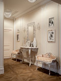 Κομψή κλασική και πολυτελής αίθουσα Στοκ φωτογραφίες με δικαίωμα ελεύθερης χρήσης