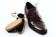 Κομψό αρσενικό παπούτσι στο άσπρο υπόβαθρο Στοκ Φωτογραφίες