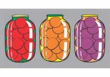 Κονσερβοποιημένες ντομάτες, βερίκοκα, δαμάσκηνα Στοκ Εικόνες