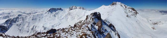 Κοντά στο βουνό Aragats Αρμενία Η υψηλότερη αρμενική αιχμή ` s Φθινόπωρο στην Αρμενία Στοκ Φωτογραφίες