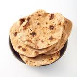 Κοντός σωρός του ψημένου ινδικού επίπεδου chapati ψωμιού Στοκ φωτογραφίες με δικαίωμα ελεύθερης χρήσης