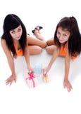 κορίτσια δώρων Στοκ Εικόνες