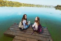κορίτσια εφηβικά δύο Στοκ Φωτογραφία