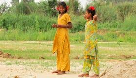 κορίτσια λίγο χαμόγελο Στοκ εικόνες με δικαίωμα ελεύθερης χρήσης
