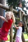 κορίτσια παιδικής ηλικία& Στοκ φωτογραφίες με δικαίωμα ελεύθερης χρήσης