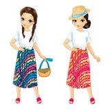 Κορίτσια στις ριγωτές φωτεινές φούστες διανυσματική απεικόνιση
