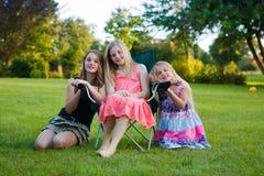 κορίτσια τρία στοκ εικόνες
