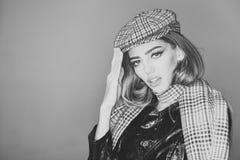 Κορίτσι ή γυναίκες μόδας προσώπου στον ιστοχώρο σας Πορτρέτο προσώπου κοριτσιών σε advertisnent σας Γυναίκα στο ήρεμο πρόσωπο στο Στοκ Φωτογραφίες