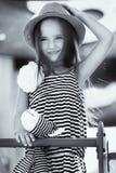 κορίτσι λίγη παιδική χαρά Στοκ εικόνες με δικαίωμα ελεύθερης χρήσης