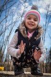 κορίτσι λίγο παιχνίδι πάρκ&omeg Στοκ Εικόνες