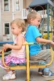 κορίτσι αγοριών Στοκ εικόνες με δικαίωμα ελεύθερης χρήσης