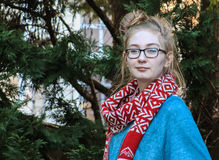 Κορίτσι-ακατάστατο κουλούρι εφήβων Στοκ εικόνα με δικαίωμα ελεύθερης χρήσης